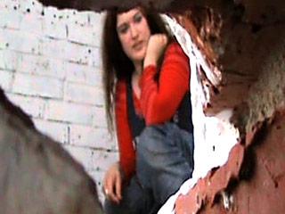 Ragazze succose showering telecamera spiona con il loro pipì